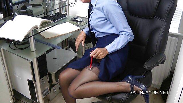 دختر مدرسه عالی فیلم سوپرسکس بکن بکن بنگلادشی در حال رابطه جنسی