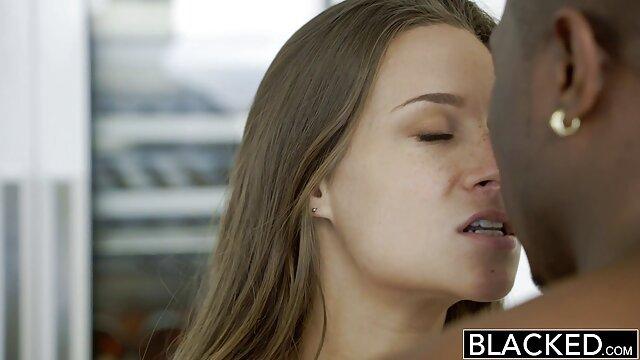مادر برزیلی آن را در عکس سکسی یا سوپر الاغ می گیرد