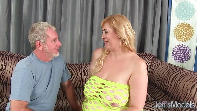 سبزه milf سفت تبدیل به دانلود عکس سکسی سوپر یک پورنو استار می شود توسط یک مرد سیاه پوست خروس بزرگ در گربه مرطوب لعنتی